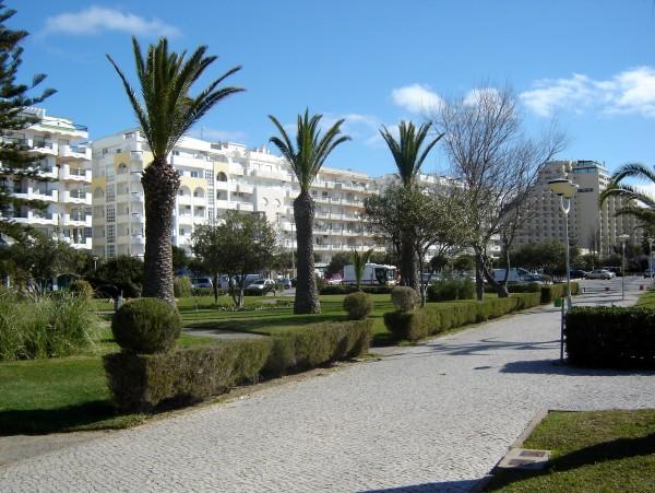 Avenida Infante D. Henrique