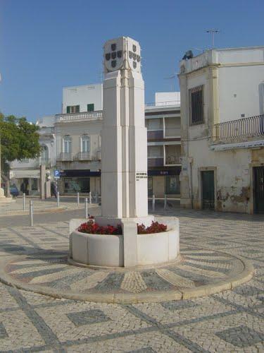 Monumento aos Herois da Restauracao