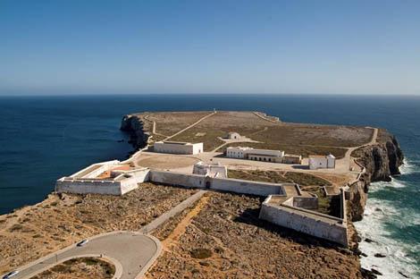 Ponta e a Fortaleza de Sagres