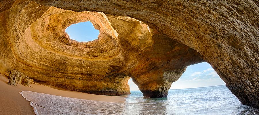 Praia e Algar de Benagil