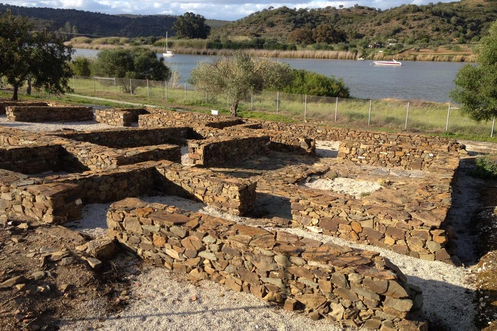 Ruinas do Montinho das Laranjeiras
