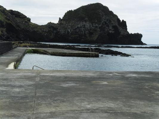 Zona Balnear da Mare nas Lajes do Pico