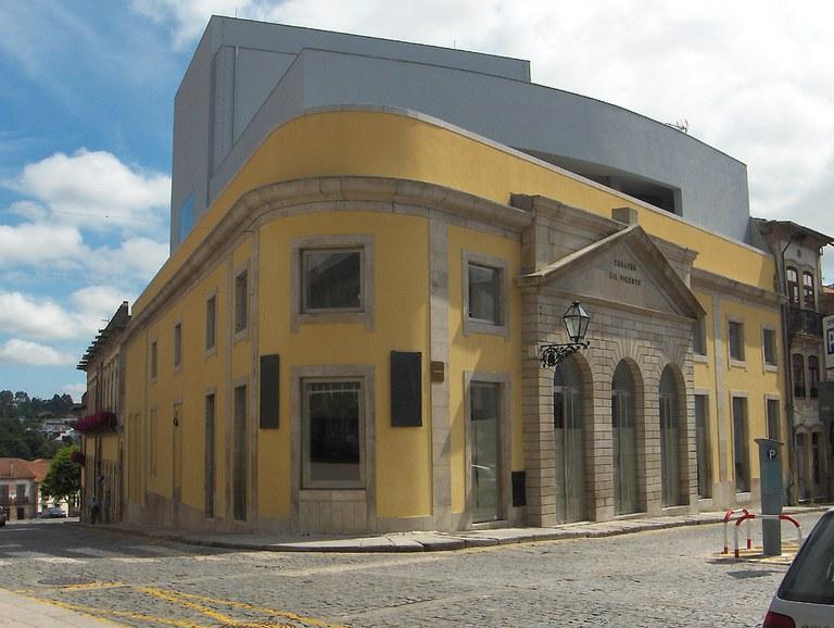 Casa Bau