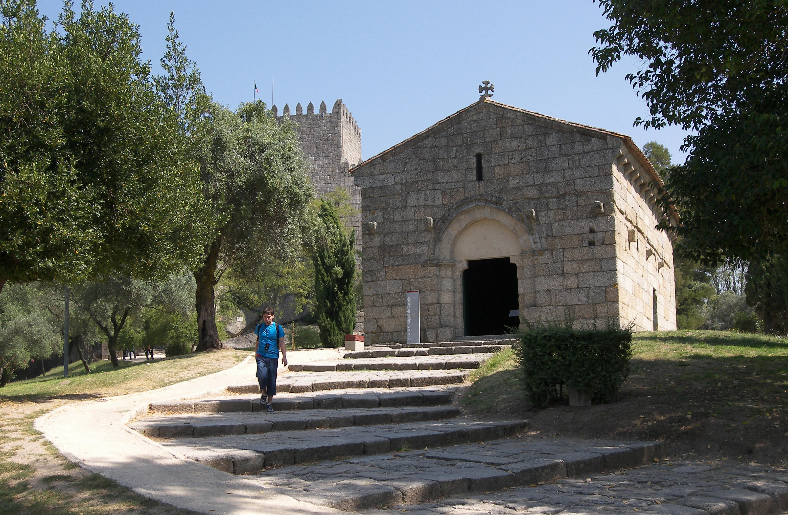 Igreja de S. Miguel do Castelo