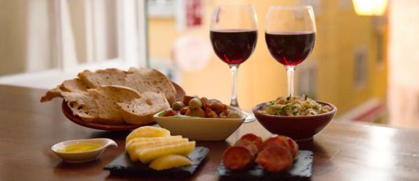 vinho e queijos